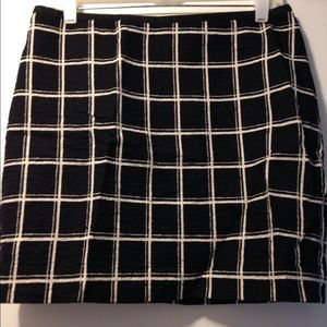 Madewell mini skirt black & white size 12